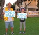 This way to the Kaimuki Library book sale!